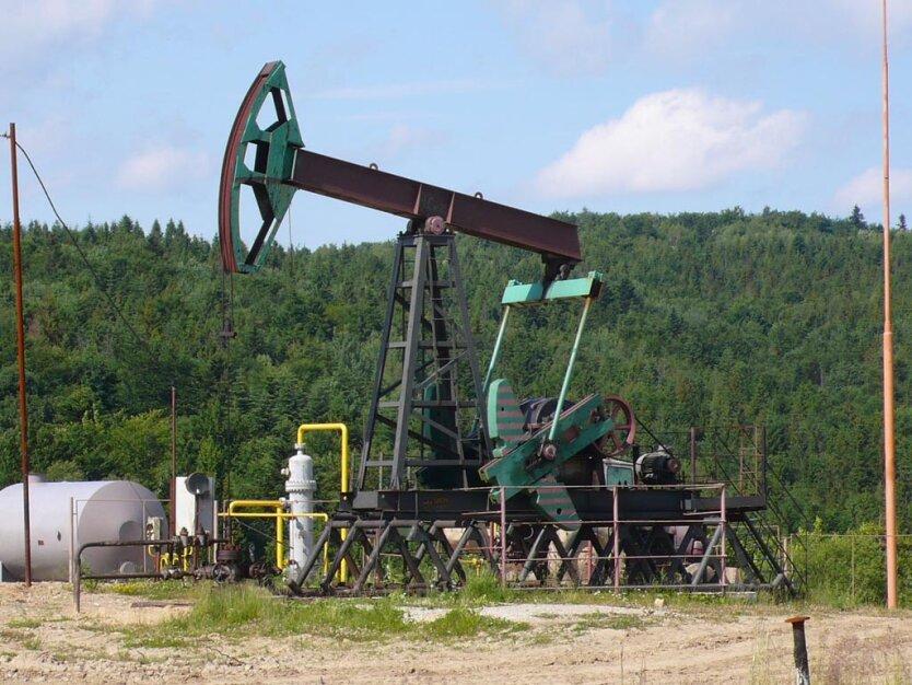 добыча нефти в Карпатах