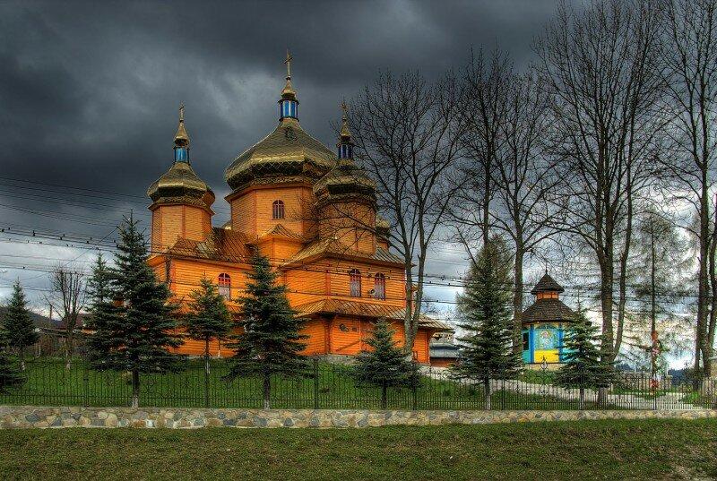 Церковь Рождества Богородицы в Ворохте
