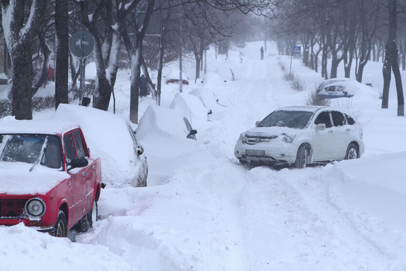 kiev-snegopad-2013-7