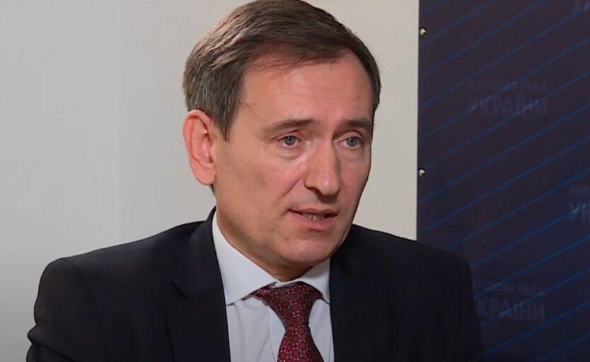 Представитель Зеленского в КСУ оценил вероятность отставки Венедиктовой