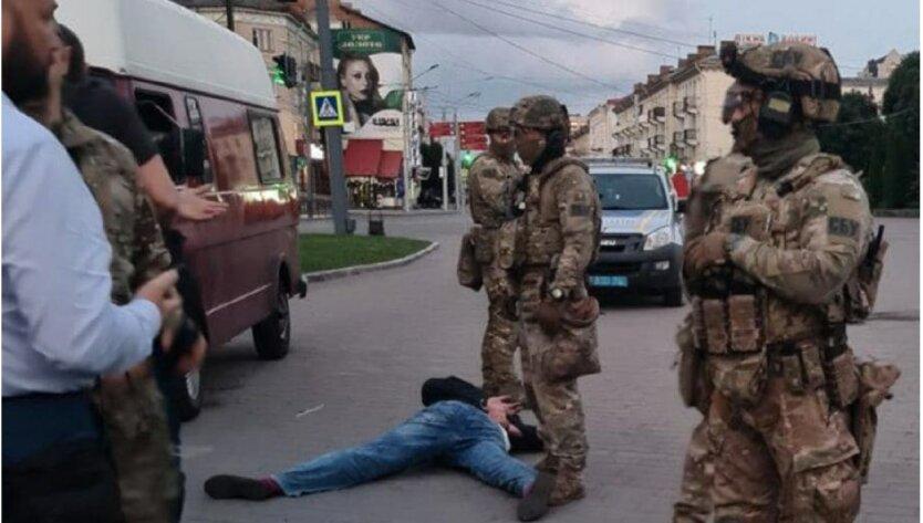 """""""Луцкий террорист"""" сдался"""