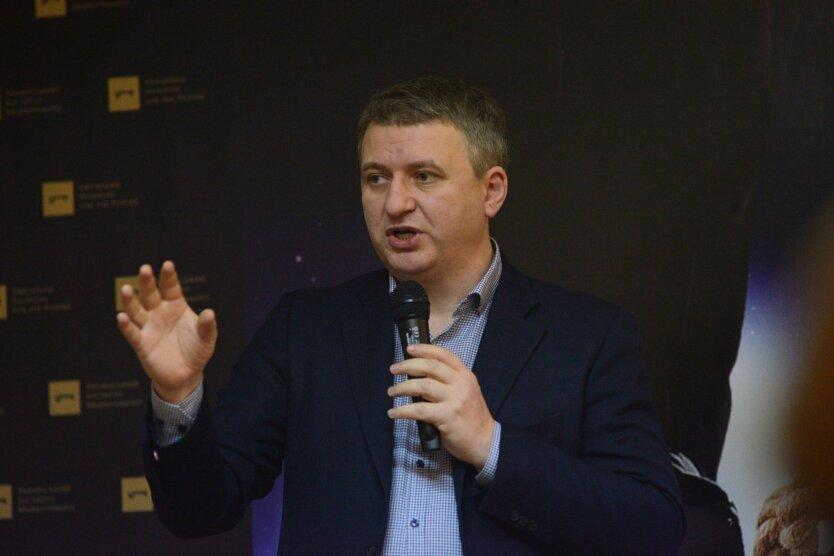 yuriy-romanenko-insitut8