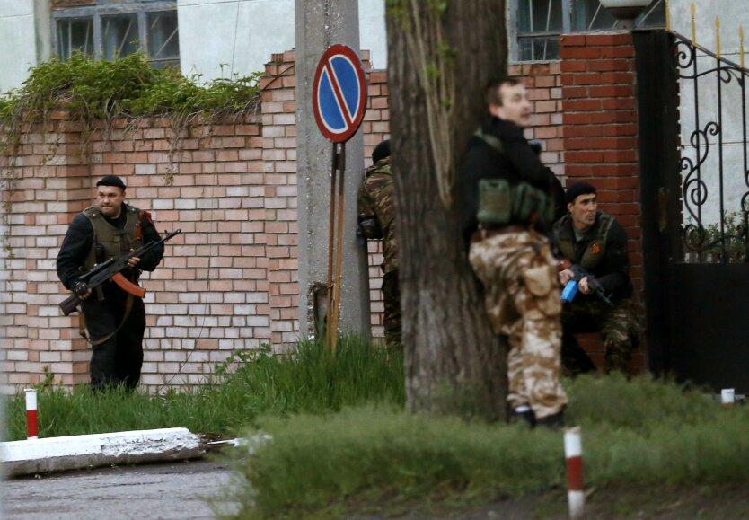 Терористы блокируют армейскую часть