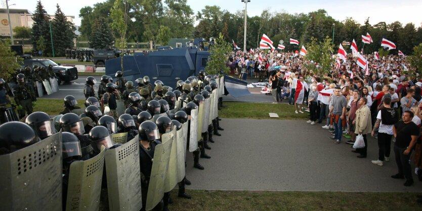 Протесты в Беларуси,Марш Единства в Беларуси,Задержания в Минске,Митинг в Гродно