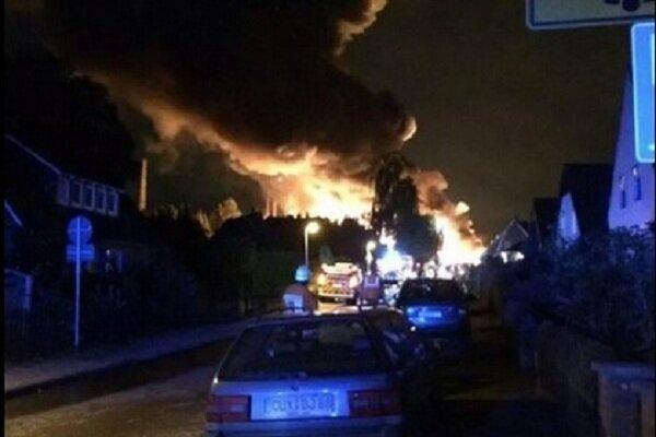 взрыв на заводе