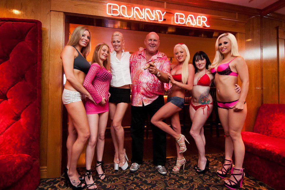 Фотки проституток американских красивые ноги проститутки