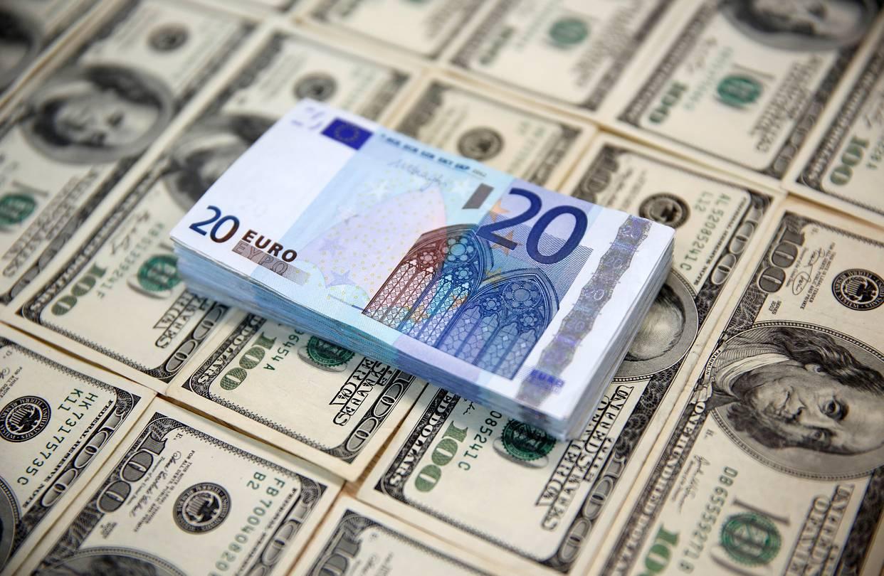 для картинки с долларами и евро тем, кто